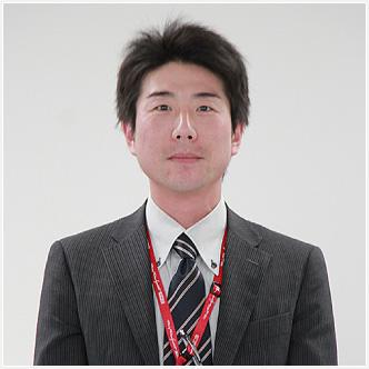 2005年入社 営業企画室 販売店企画グループ・企画スタッフ 中江 俊彦 TOSHIHIKO NAKAE